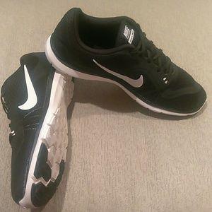 Nike Training Flex TR6 sneakers